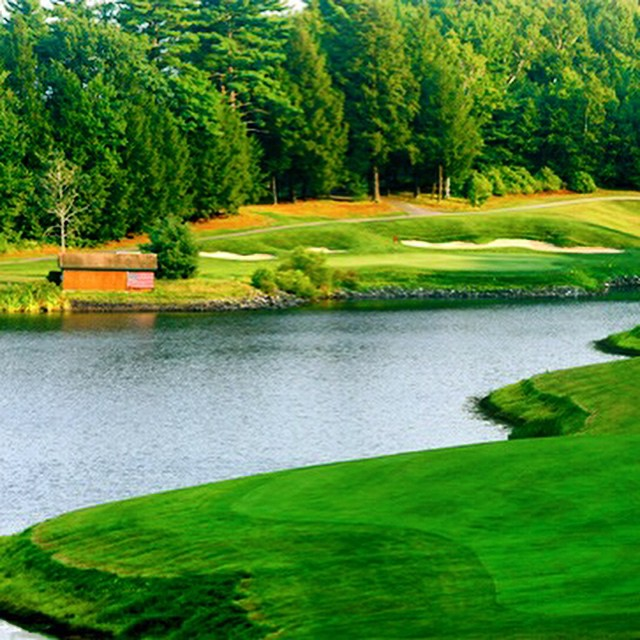 I miss all that greenery! 8 CrumpinFox GC. golf instagolf…