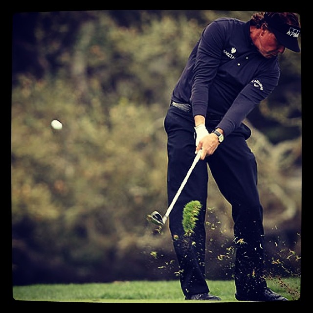 This is what proper extension looks like. #philmickleson #phil #golf #golfswing #golfdashblog #golftips ⛳️⛳️?☀️