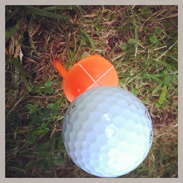 Love the Tee-Square golf training aid that helps you stay centered over the ball. #golf #golftrainingaid #teesquare #golfinnovations #golfdashblog ⛳️⛳️⛳️☀️???⛳️??